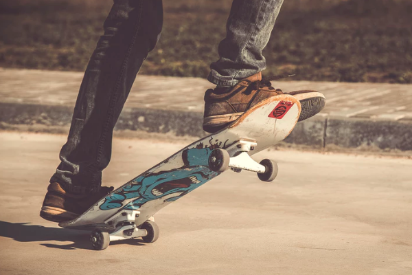 WHAT ARE THE MISTAKES THAT SKATEBOARDING BEGINNERS OFTEN MAKE?