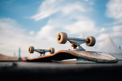SOME COMMON PROBLEMS ABOUT SKATEBOARD